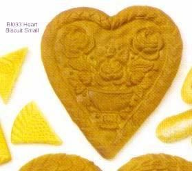 bi033 Heart Biscuit Small