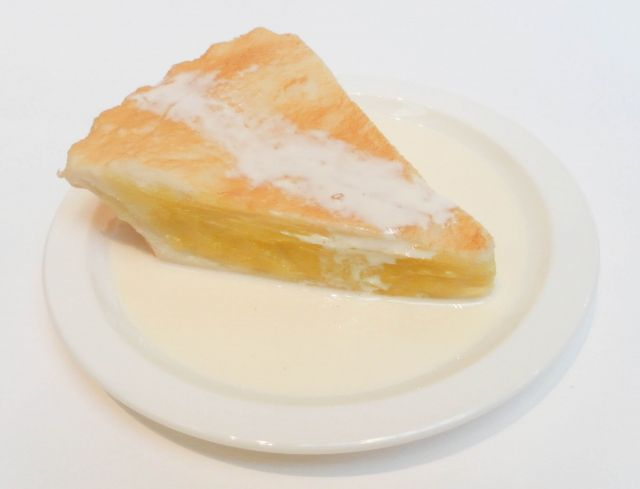 ds001 Apple Pie + Cream